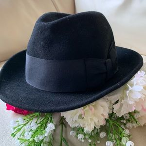 Guess Fedora Hat with bow detail